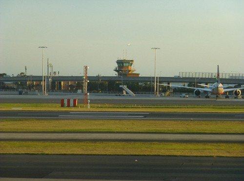 Flughafen Sydney, Blick Richtung Sydney