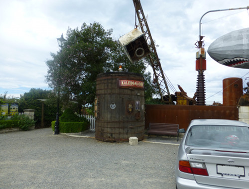 Steampunk HQ Oamaru. Eingang Links