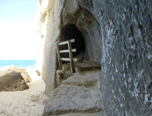 Tunnel Beach, unten am Strand 1