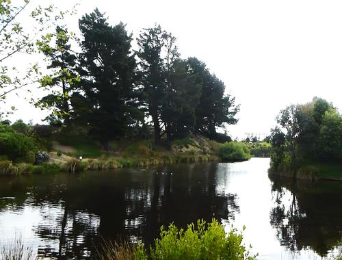 Lignite-Pit Scenic Stop, Garten und See