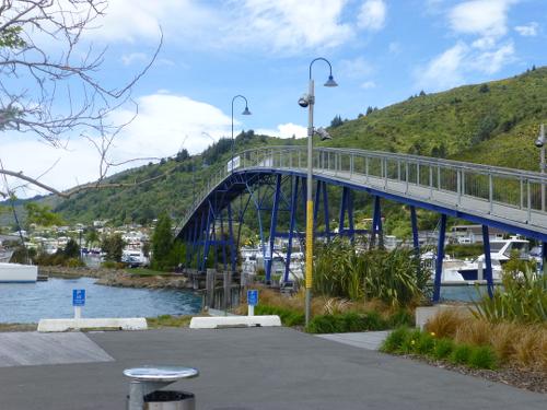 am Yachthafen in Picton Neuseeland 1