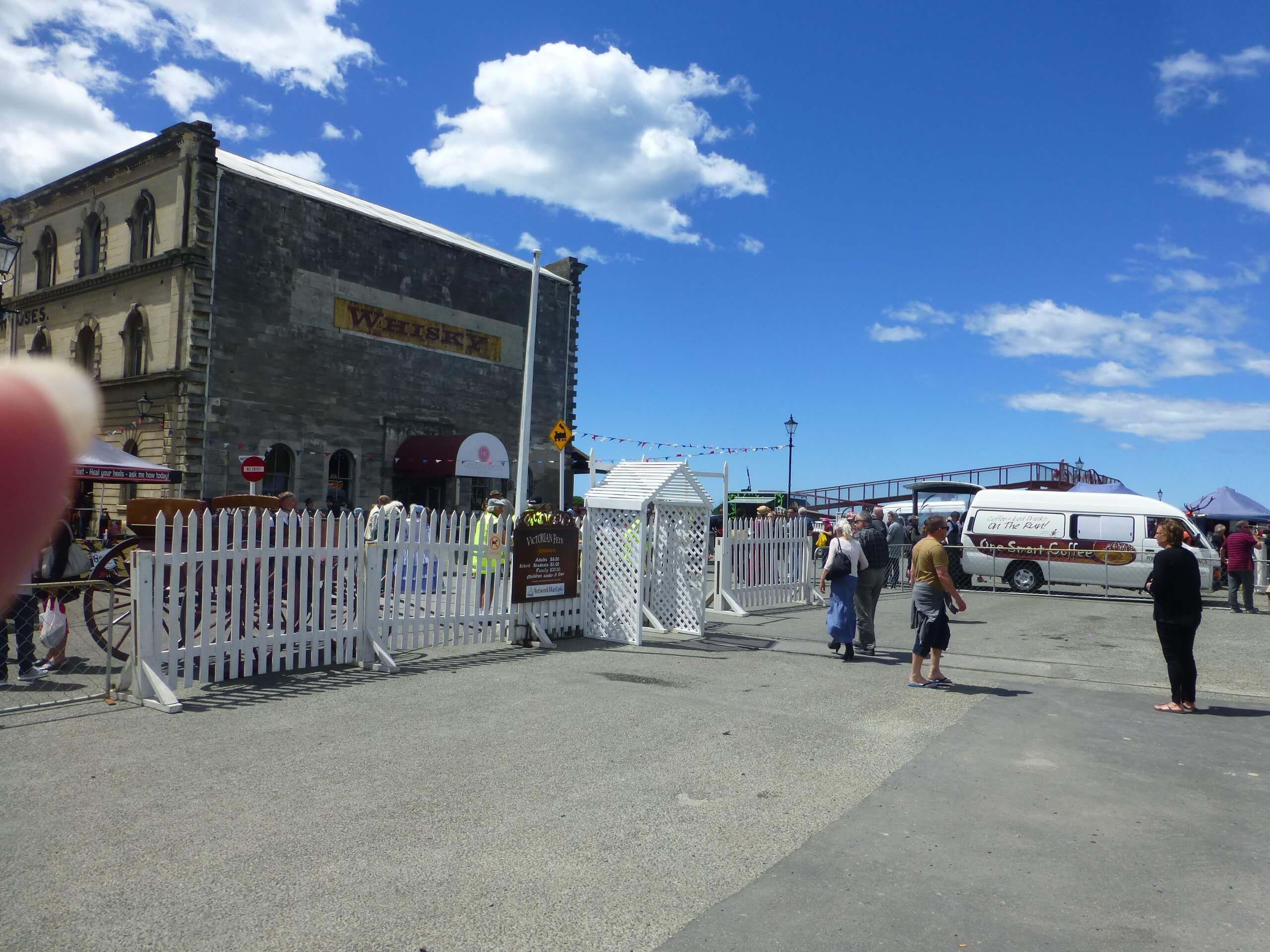 Eingang zum Viktorian Festival in Oamaru 1