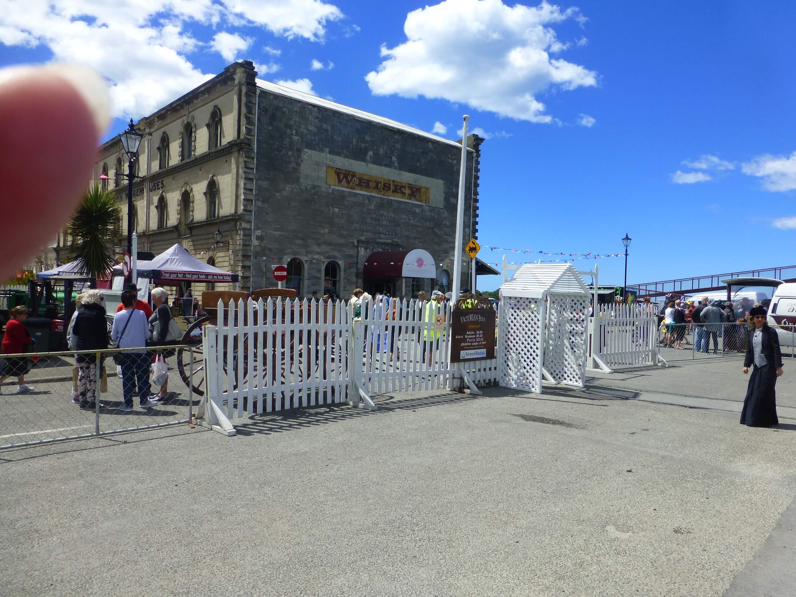 Eingang zum Viktorian Festival in Oamaru 5