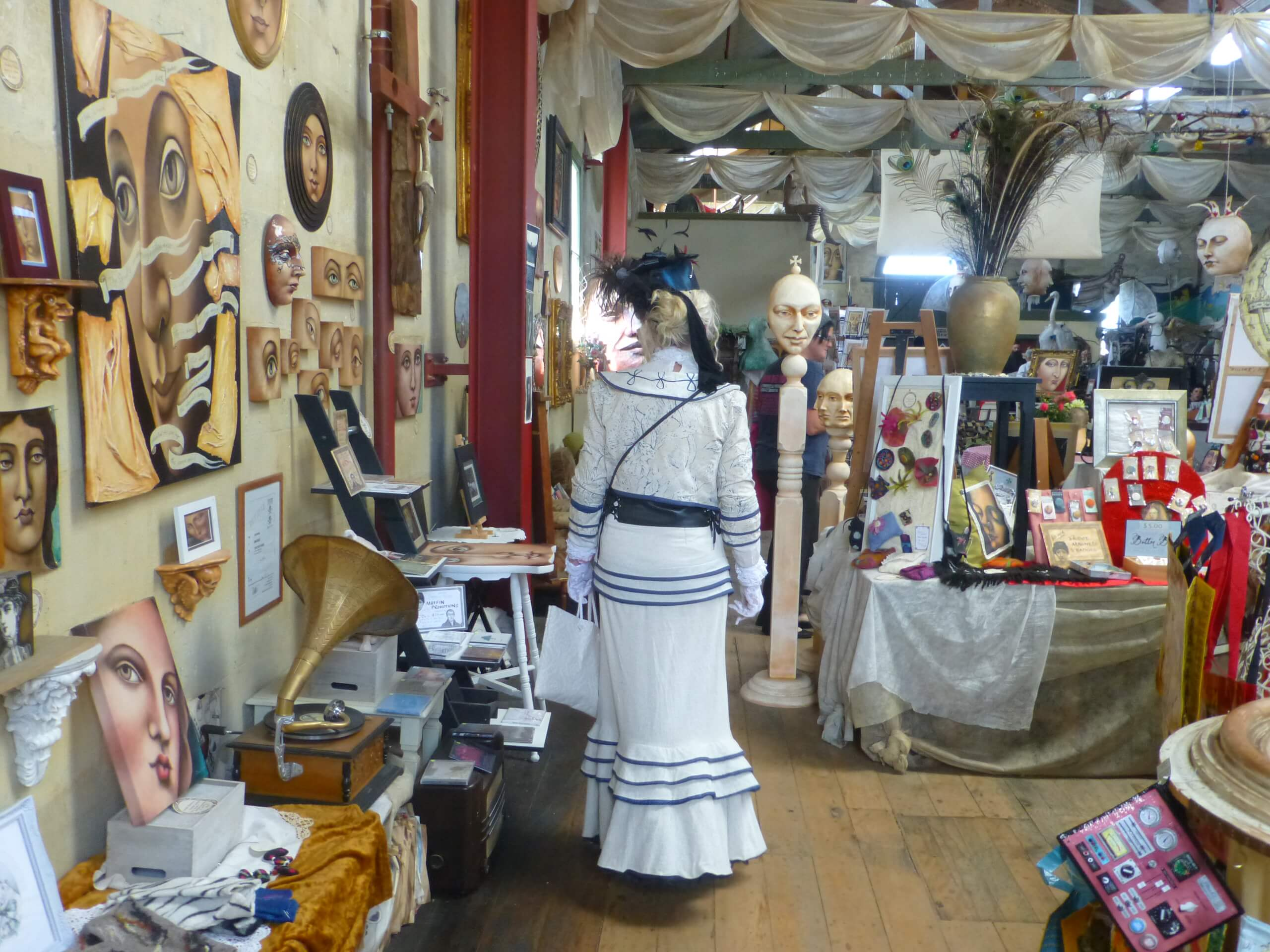 Grainstore Gallery, Oamaru 15