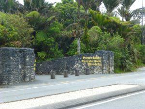 Eingang zu den Pancake Rocks, Westküste Neuseeland 1