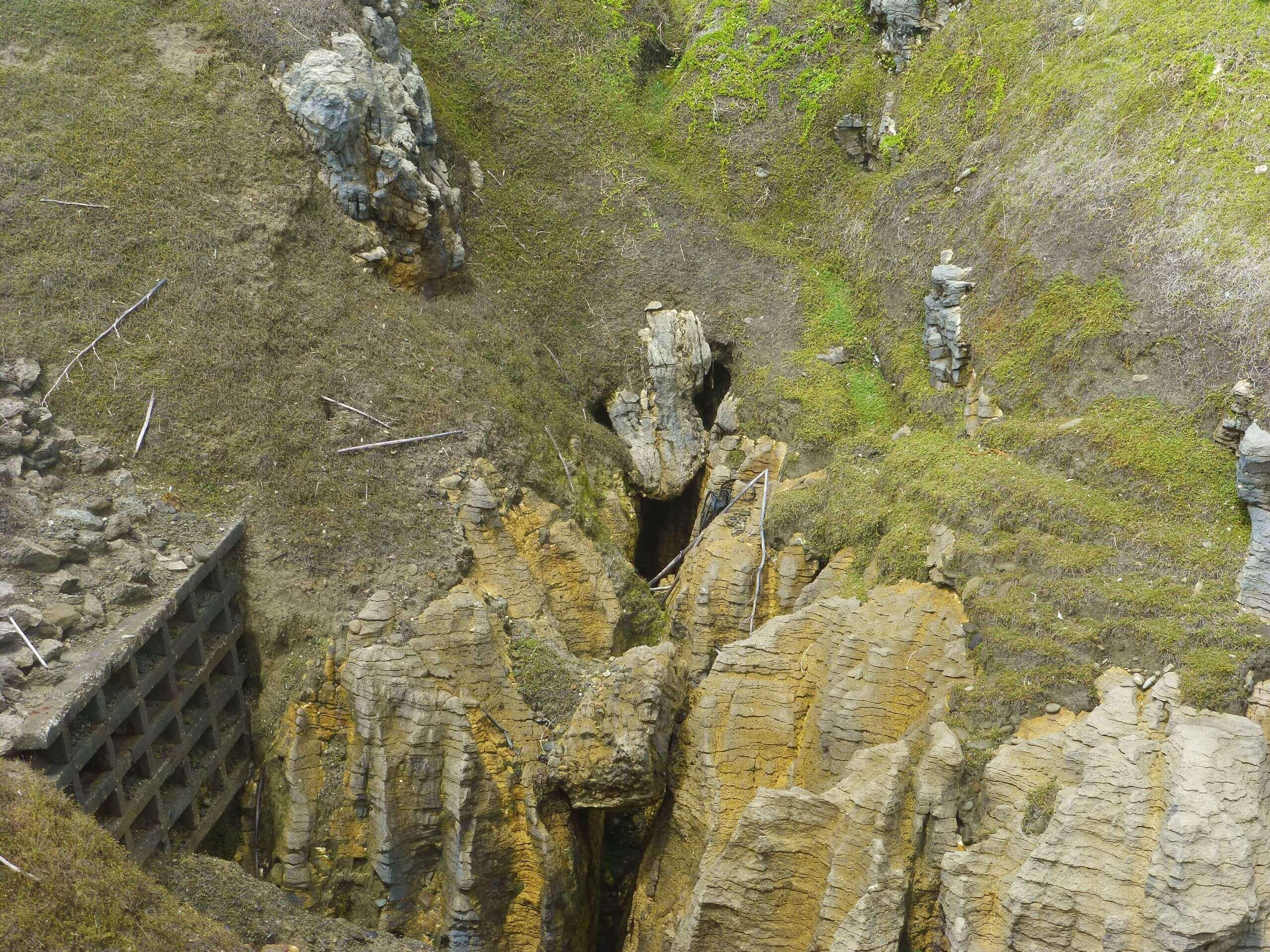 Pancake Rocks Walk Way, Blow Hole 1