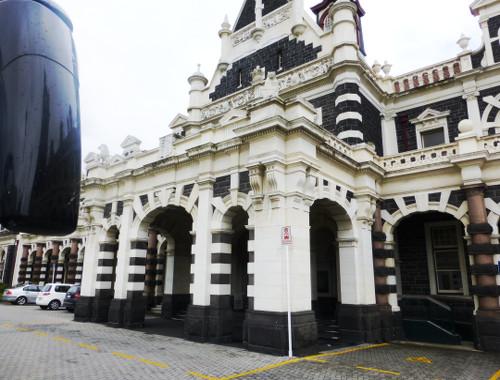 Haupteingang am Bahnhof von Dunedin