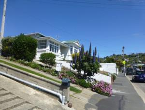 Dunedin NZ. St Clair Victoria Rd