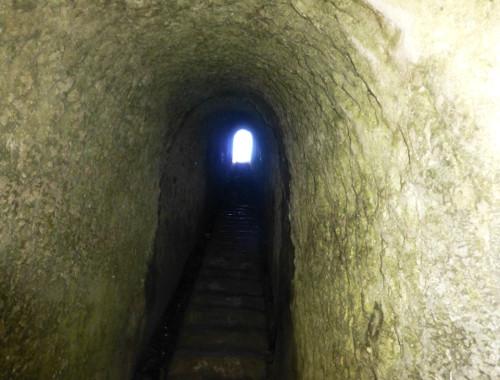 Der Tunnel am Tunnel Beach 1