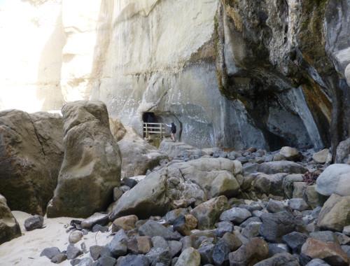 Tunnel Beach, unten am Strand 3