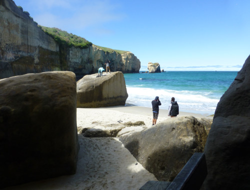 Tunnel Beach, unten am Strand
