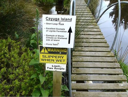 Lignite-Pit Scenic Stop, Brücke zur Insel, Cayuga Island