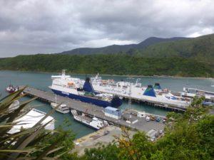 Ankunft in Picton, Fähre Interislander, weit-weg.reisen