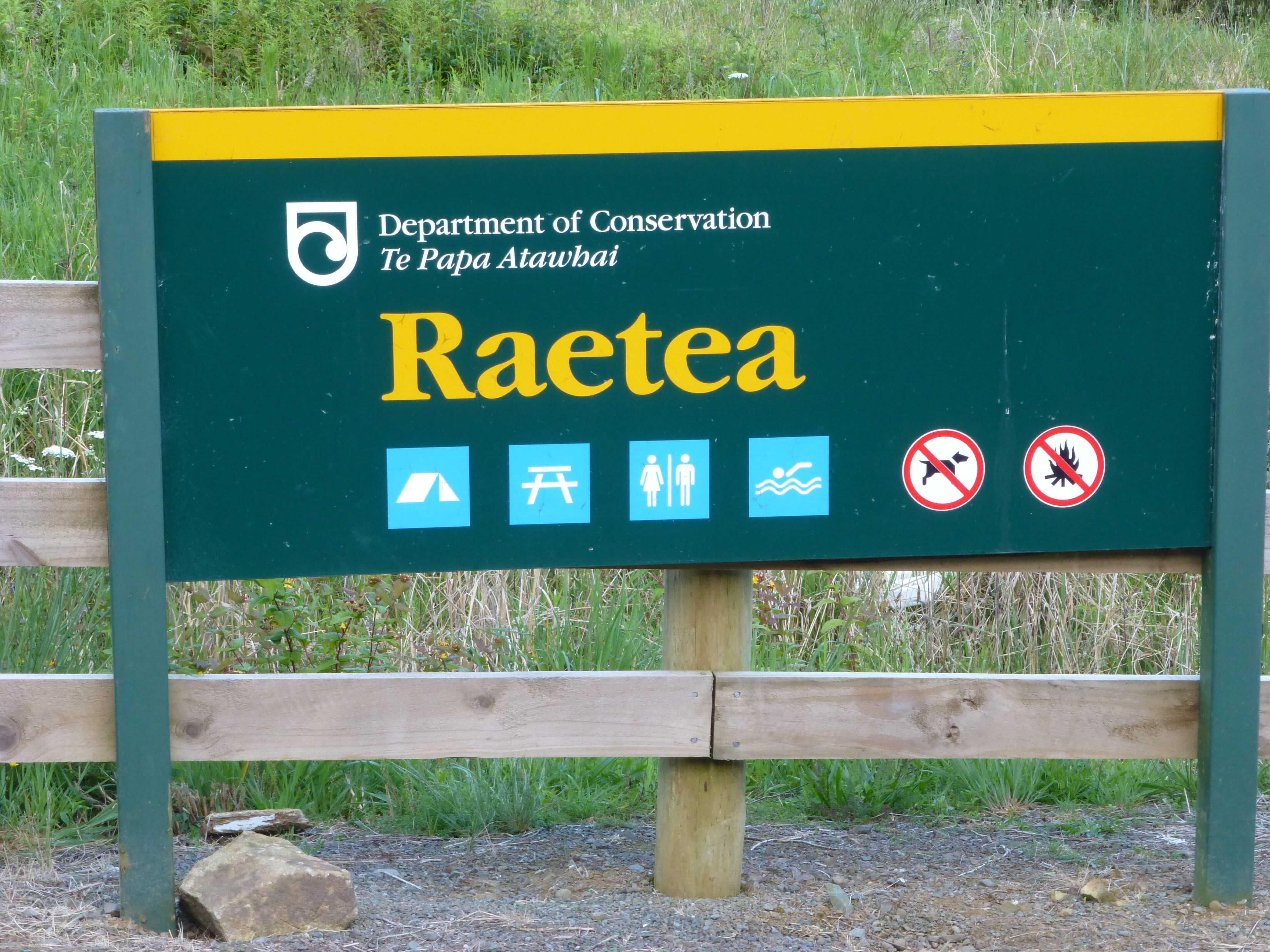 Weit weg reisen, Campingplatz Raetea North Side 1