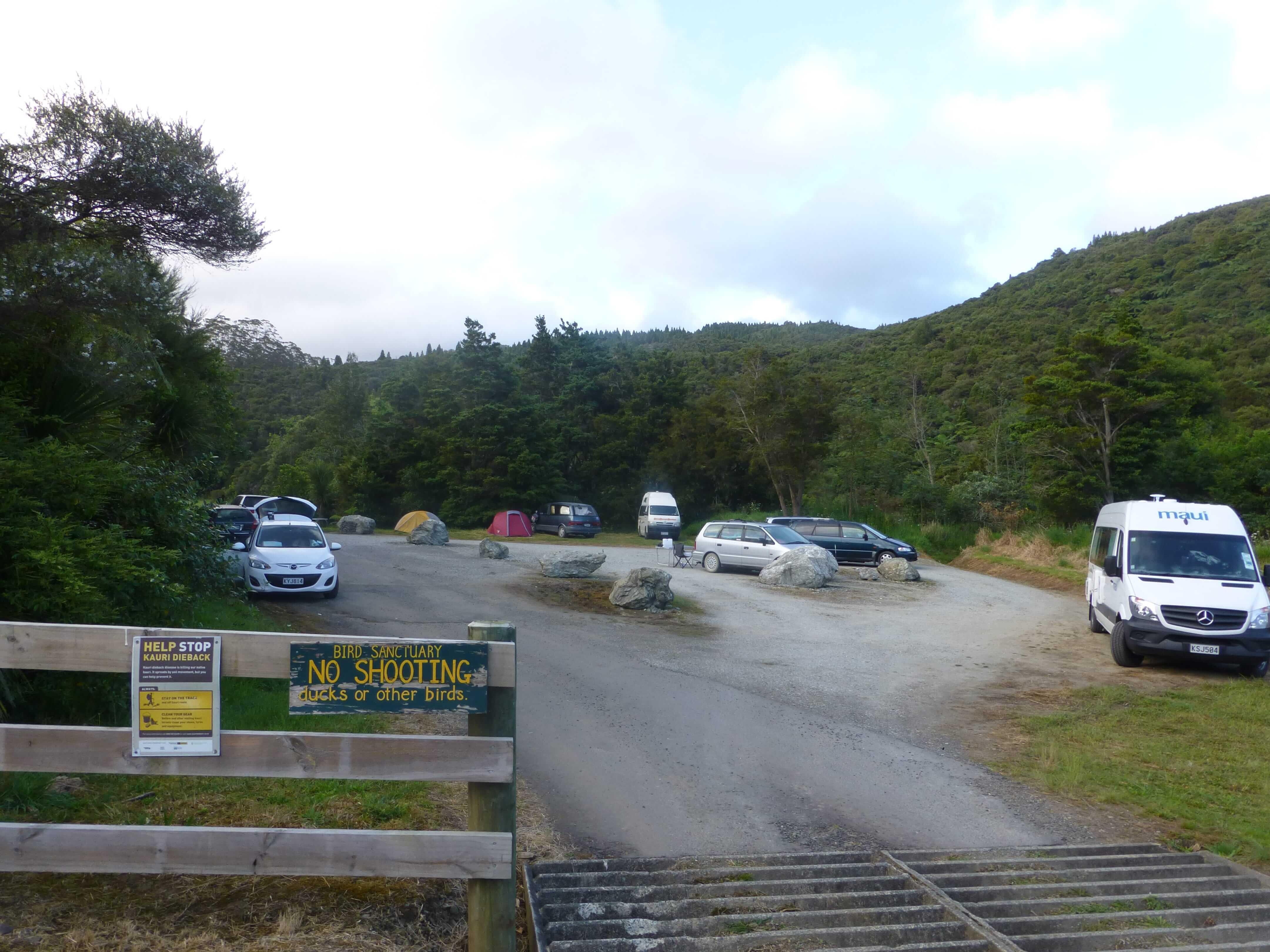 Weit weg reisen, Campingplatz Raetea North Side 8