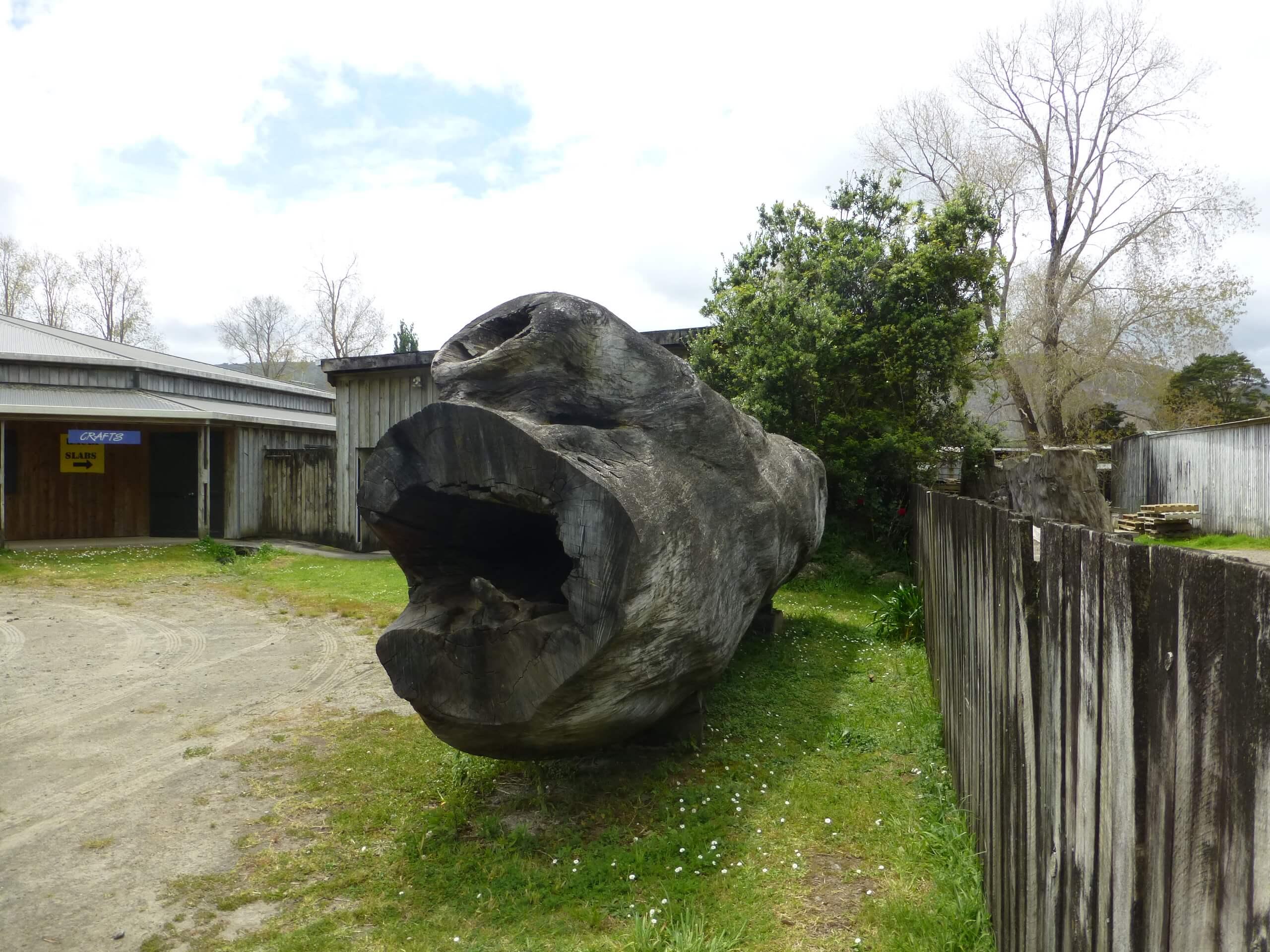 2888 State Highway 12, Kaihu 0379, Neuseeland