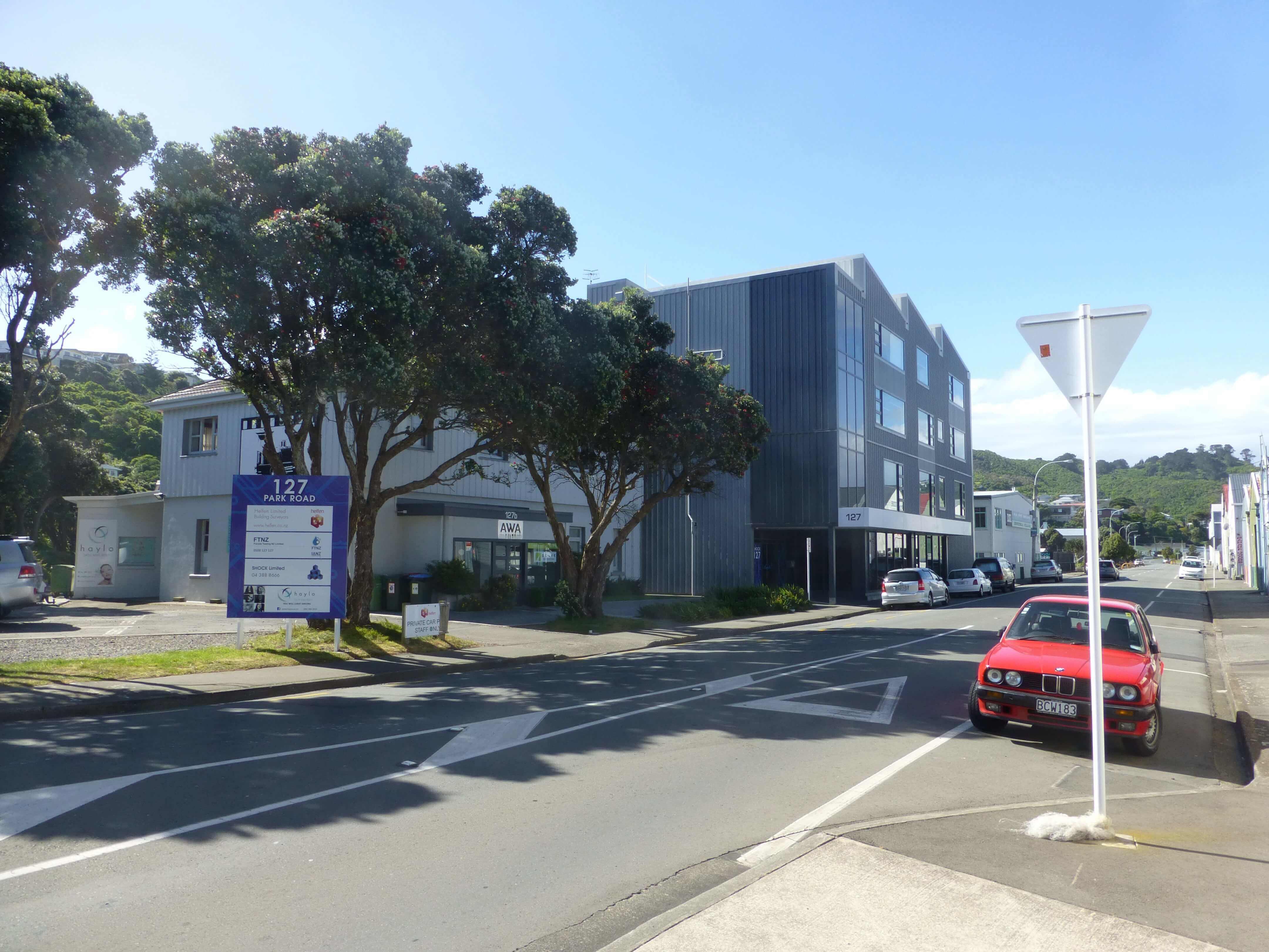 Wellington, in Miramar auf dem Weg zum Weta Shop, Weit-weg.reisen, 18