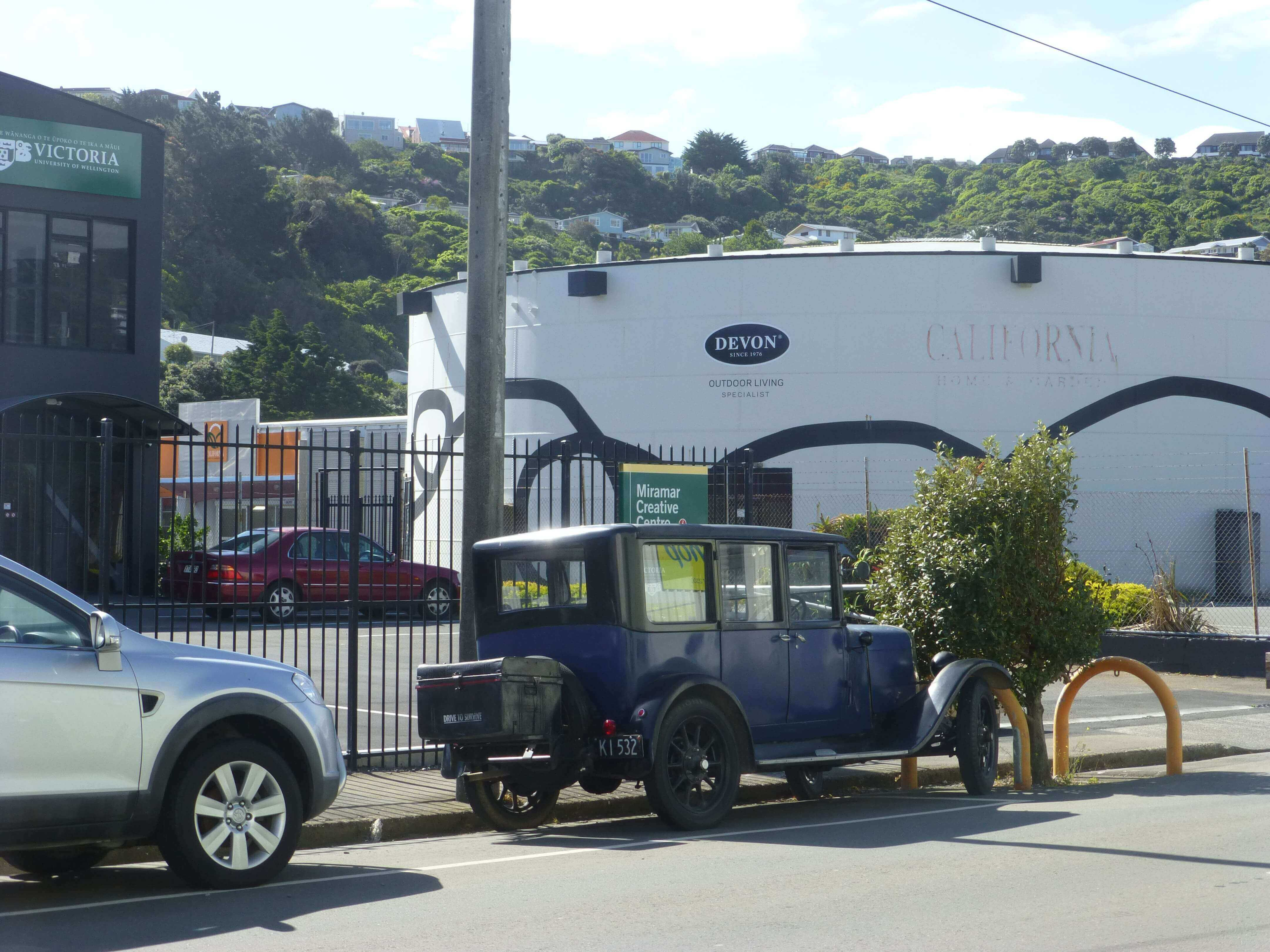 Wellington, in Miramar auf dem Weg zum Weta Shop, Weit-weg.reisen 16