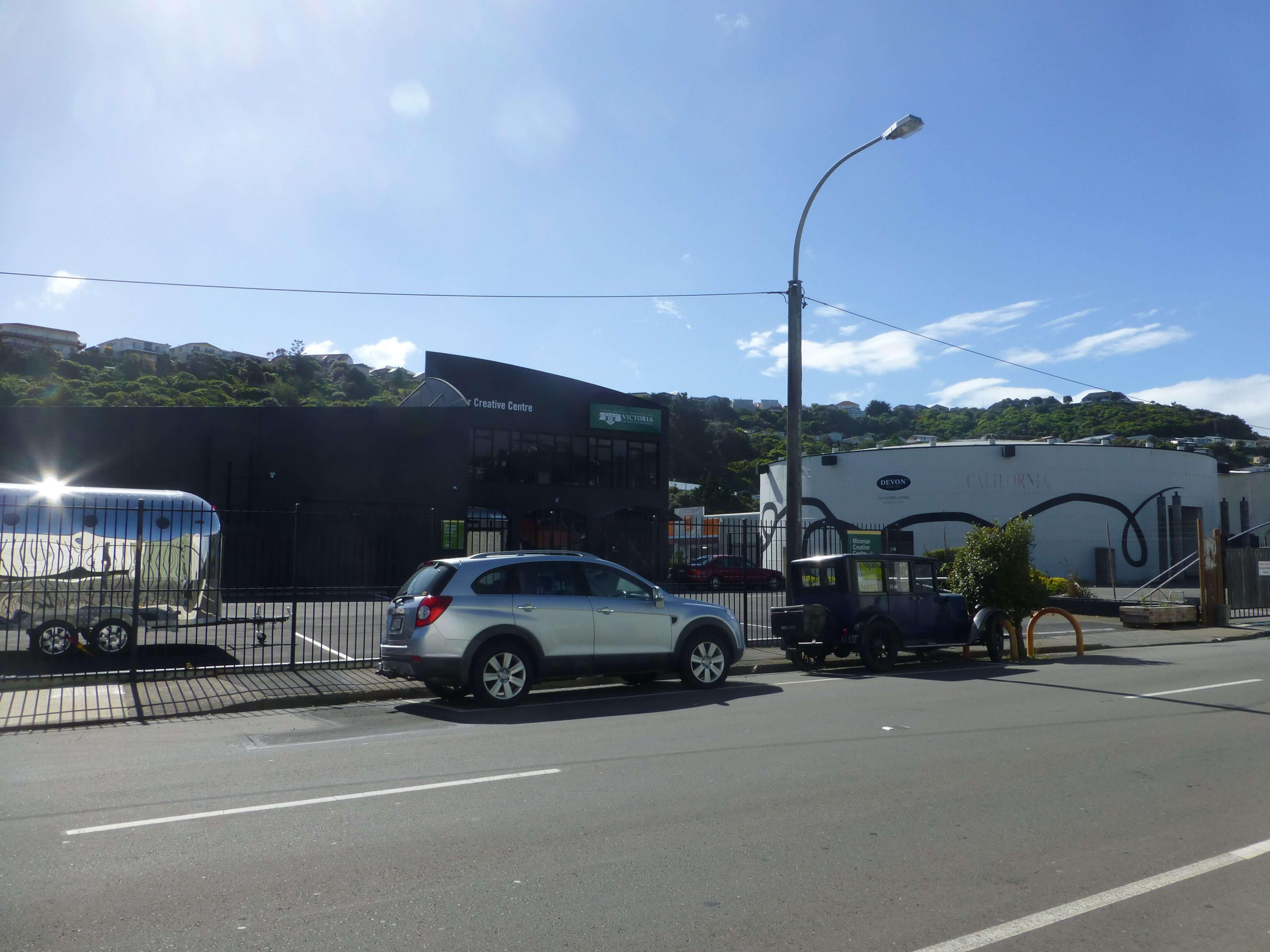 Wellington, in Miramar auf dem Weg zum Weta Shop, Weit-weg.reisen 17