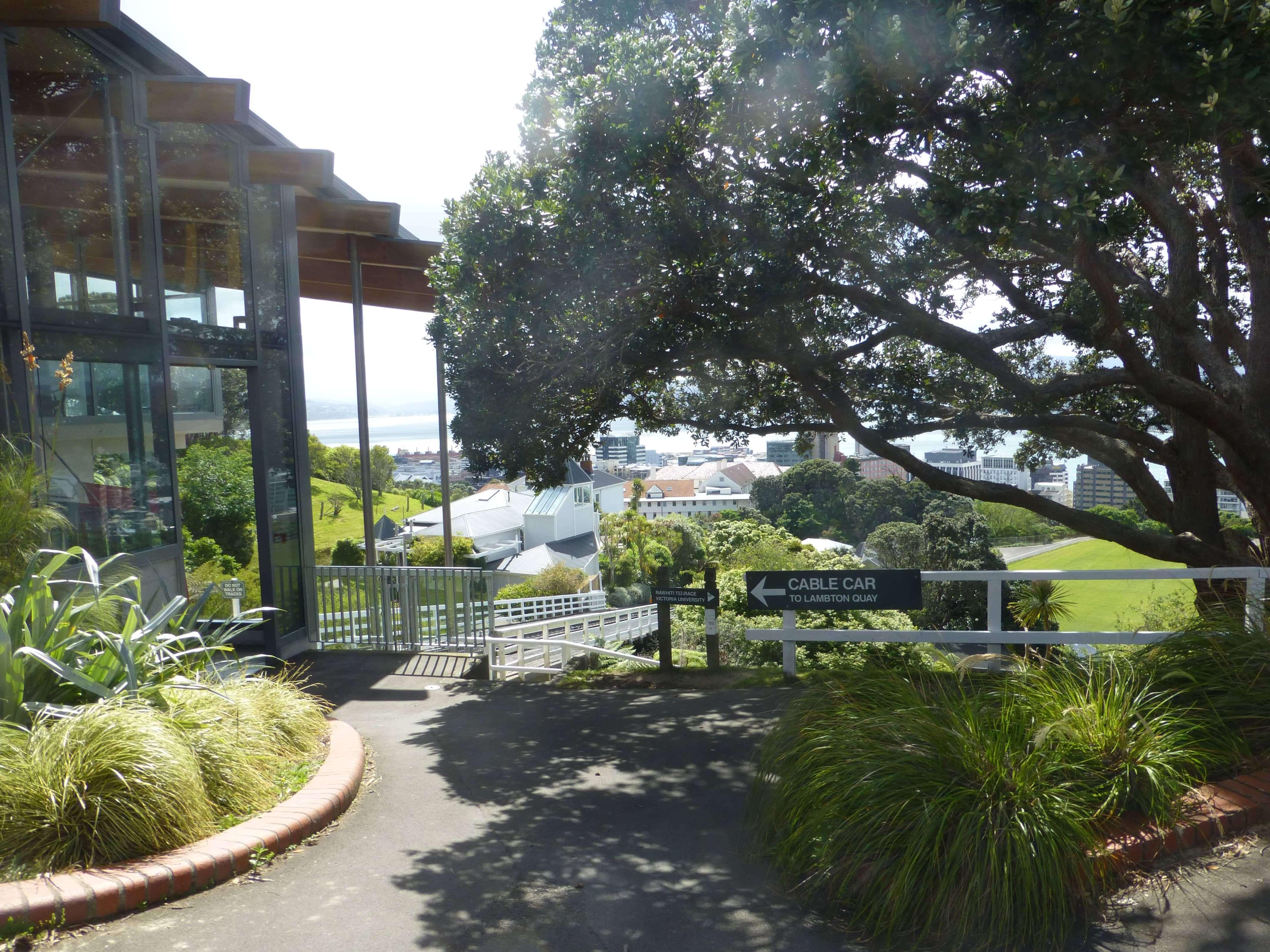in Wellington an der Cable Car Station, Weit-weg.reisen 13