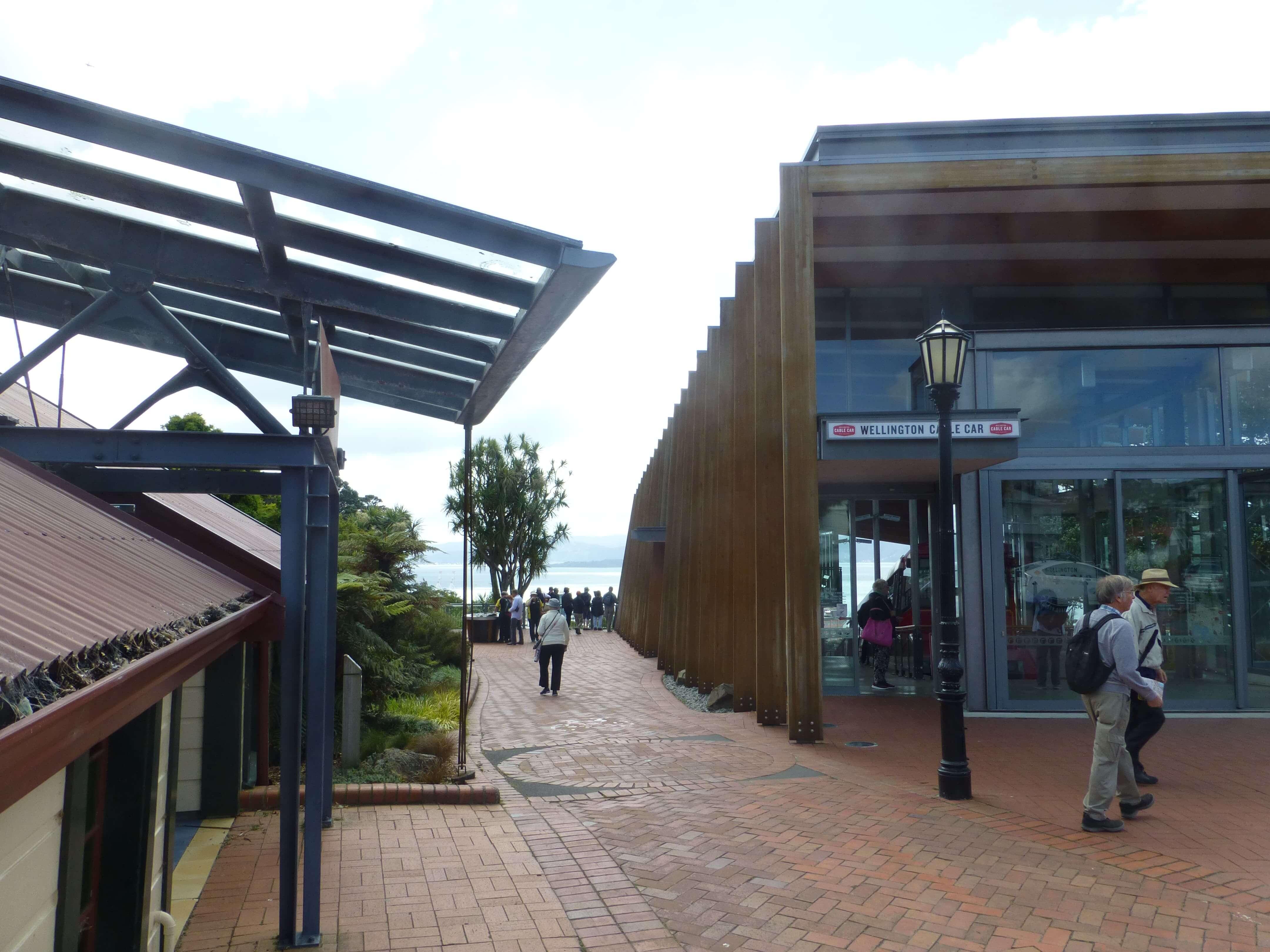 in Wellington an der Cable Car Station, Weit-weg.reisen 19