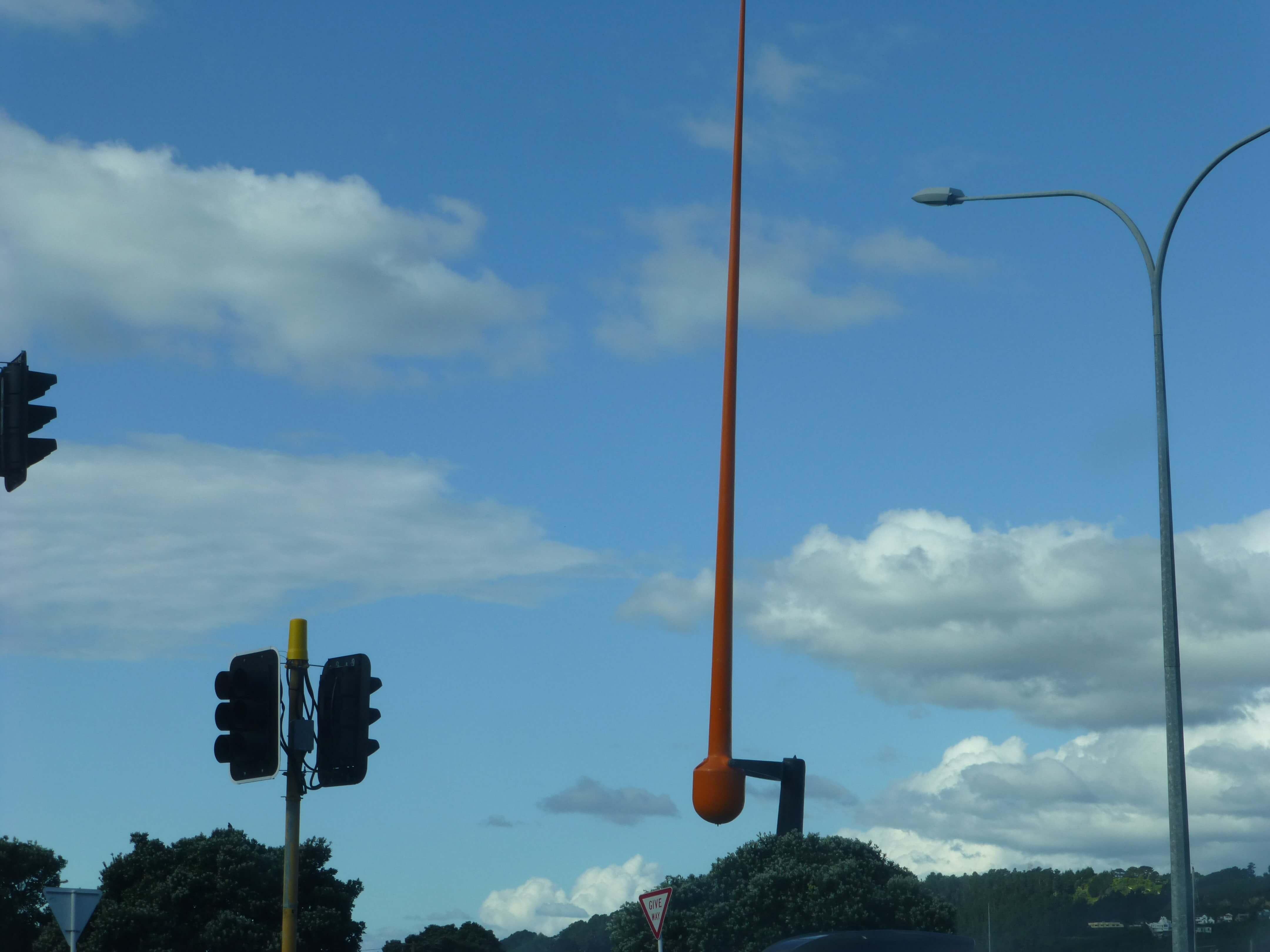 Windspiel an einer Kreuzung in Wellington, Neuseeland, Weit-weg.reisen